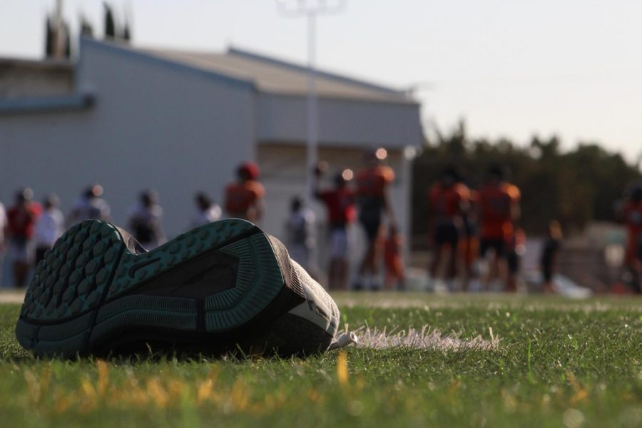 Football+continues+to+practice+with+shoes+off+after+the+loss+at+Chabot.
