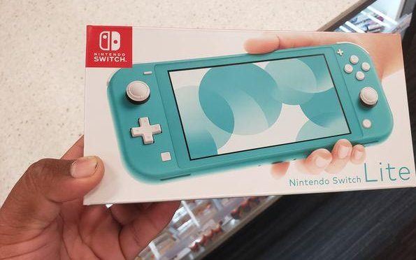 The new Nintendo Switch lite in all of it's teal glory