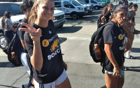 Gallery: Taft Women's Soccer Team Arrives on COS Campus for Afternoon Game
