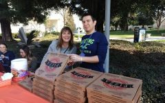 Featured Photo: Student Activities and Affairs Giving Free Pizza on Campus 1/22