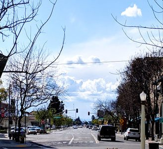 Lacey Boulevard in Hanford