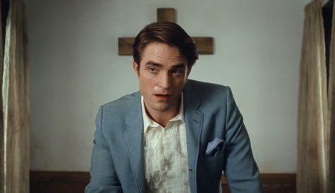 Robert Pattinson Proves Talent In The Devil All The Time